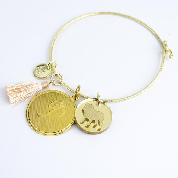 nora_bangle_with_pet_charm_2_5051360f-8513-4a3b-9a9a-1b7f8f745d9e_grande